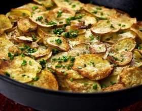 """5 Відмінних салатів з картоплі С""""РѕС'Рѕ"""