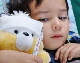 Чого не можна робити при високій температурі у дитини фото
