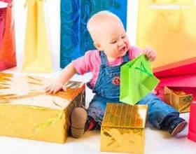 Що можна подарувати дитині? фото