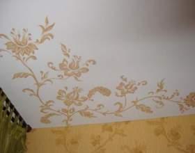 Як клеїти шпалери на стелі? фото