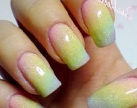 Як фарбувати нігті? фото