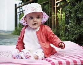 Як одягати дитину навесні? фото