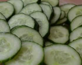 Як правильно їсти огірки? фото