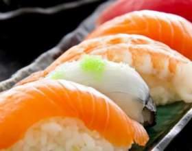 Як приготувати домашні суші? фото
