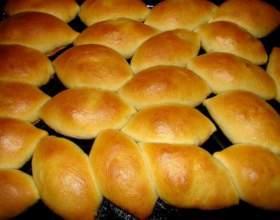 Як приготувати дріжджові пиріжки? фото