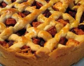Як приготувати пиріг з яблуками? фото