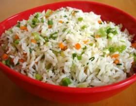 Як приготувати рис з овочами? фото