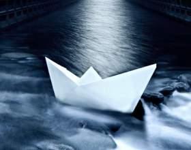 Як зробити кораблик з паперу? фото