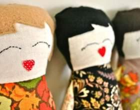 Як зробити ляльку з тканини? фото