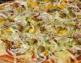 Як зробити піцу в домашніх умовах? фото