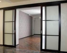 Як зробити розсувні двері? фото