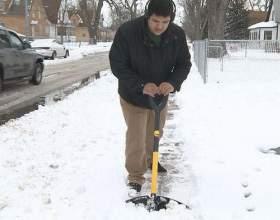 Як прибрати сніг? фото
