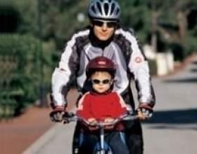 Як вибрати дитяче велокресло фото