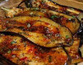 Кращий літній салат з баклажанів фото