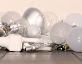 Чому перегорають лампочки? фото