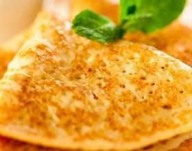 Скільки калорій в млинцях? фото