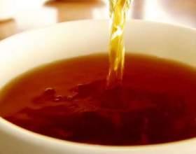 Скільки калорій в чаї з цукром? фото